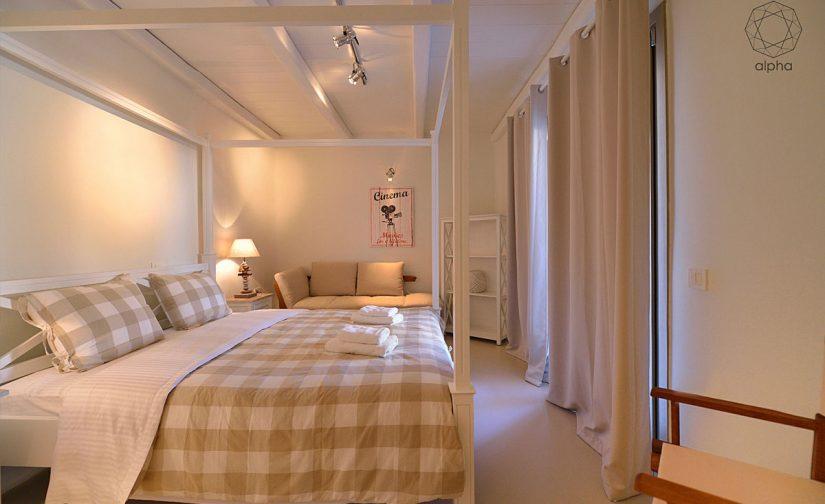 Alpha-Mykonos-cristal-bedroom3