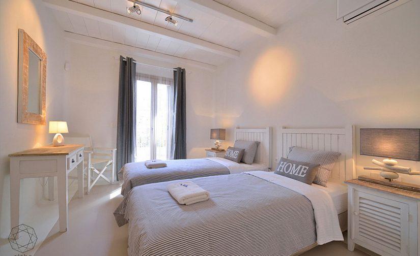 Alpha-Mykonos-luxury-bedroom2