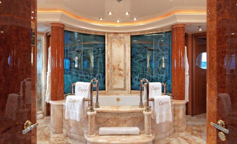 Alphamykonos_caprii_master_bathroom