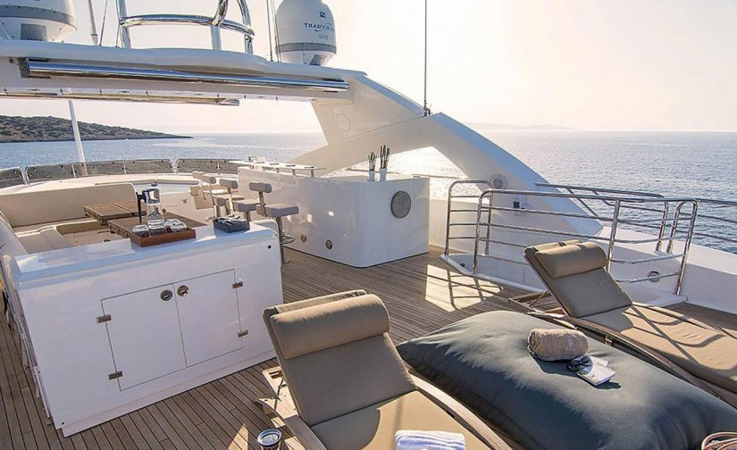 Upper-deck-motor-yacht-pathos