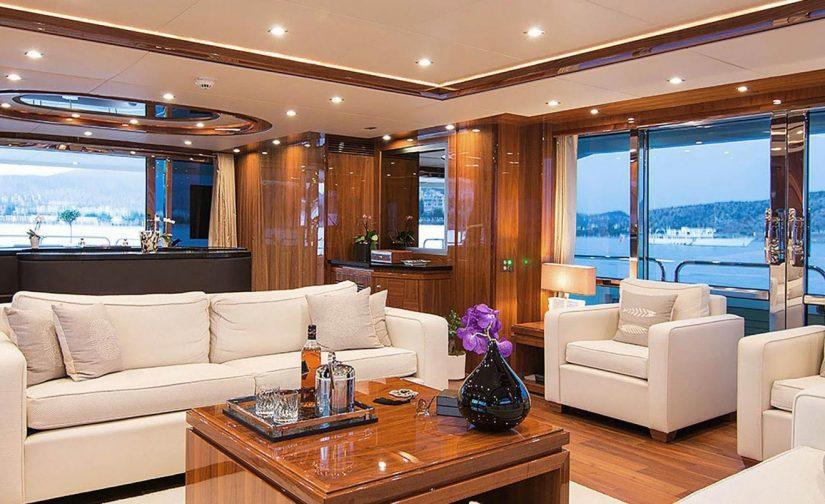 vip-sallon-motor-yacht-pathos