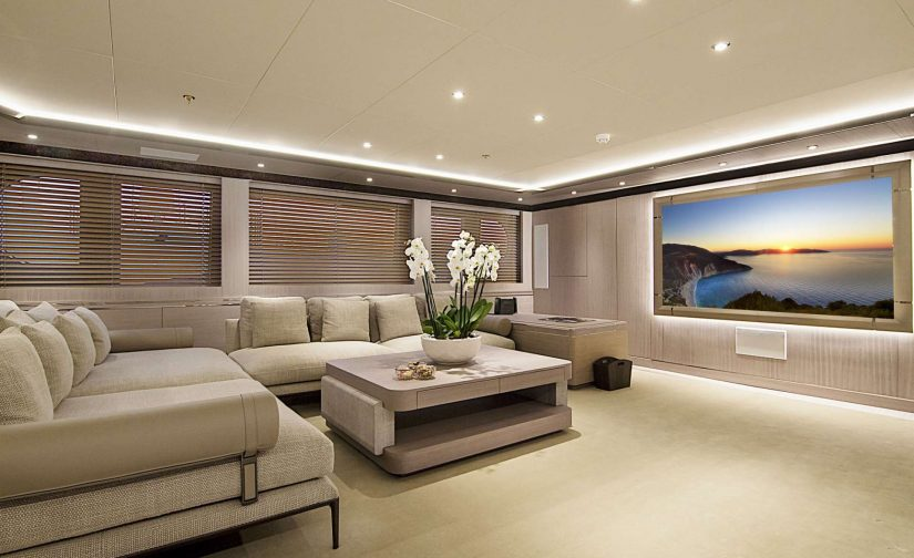 yacht_invader_cinema_room